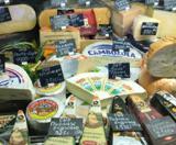 این پنیرها گزینه های سالم و عالی برای خرید هستند