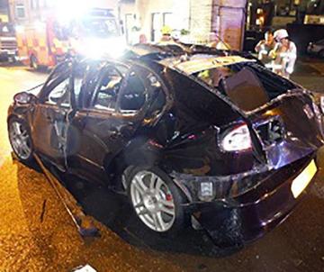 انفجار خودروی لاکچری در انگلیس + عکس