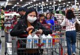 اولین واکنش مردم آمریکا به اعلام وضعیت اضطرار ملی