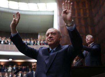 جنگ قدرت در حزب اردوغان بالا گرفت