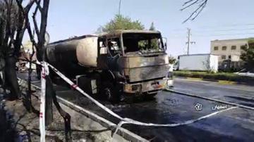 لحظه آتش گرفتن تانکر حمل سوخت در اصفهان+ فیلم