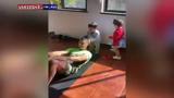 تمرینات ورزشی کریستیانو رونالدو به کمک فرزندانش